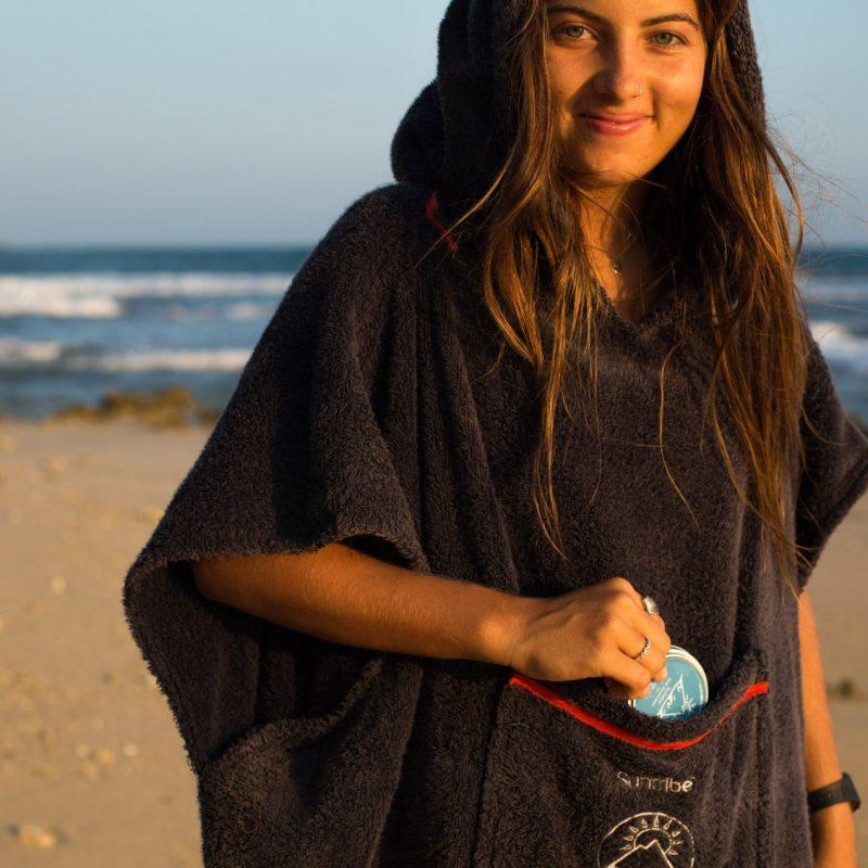 Suntribe_Sunscreen_Beach_Sunset_Surf_Poncho_Zinc_Island